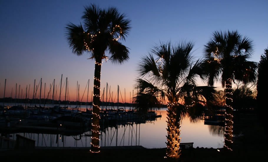 All Seasons Marina - A full-service facility on Lake Norman